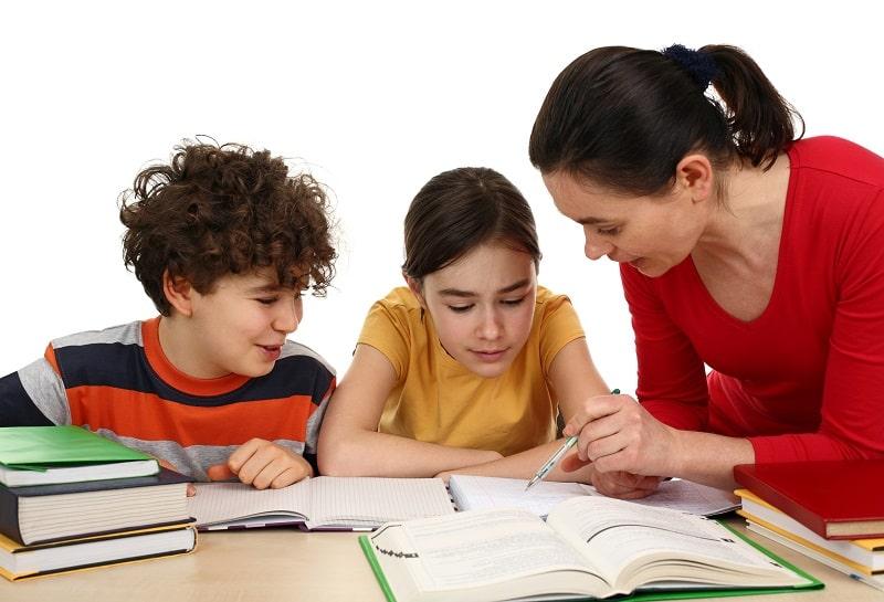 Gia sư tiểu học - Người thầy hỗ trợ bé những năm đầu trên đường chinh phục học vấn 1